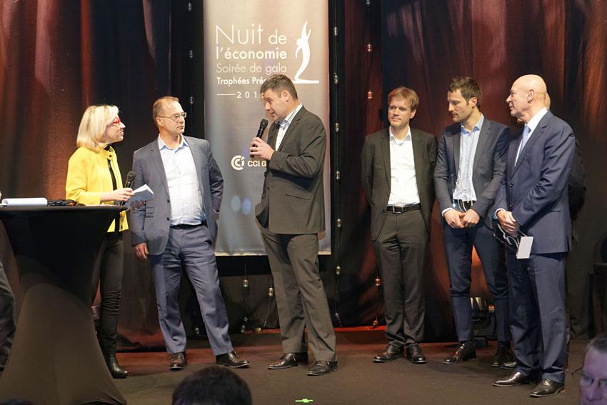 Vi TECHNOLOGY, lauréat des trophées Présences lors de la nuit de l'économie 2015 (CCI de Grenoble), pour la catégorie «Résultats à l'export, entreprise de plus de 50 salariés»